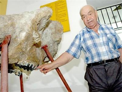 Dimiter Kovachev (1928-2013) professzor
