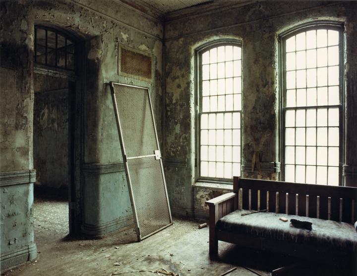 asylum-32.jpg