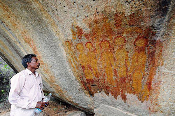 india-cave-ufo3.jpg