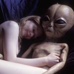 Szexuálisan is zaklatják a földönkívüliek az elrabolt embereket!