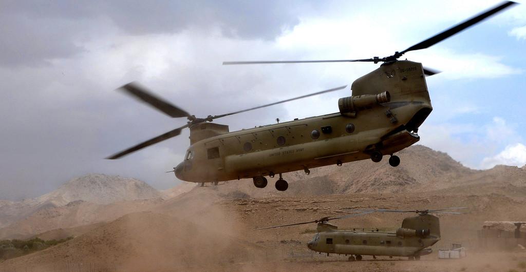 A H-47 Chinook típusú helikoptert az amerika hadsereg használj a a htvanas évek óta... (Fotó: U.S. Army/Sgt. William Tremblay)