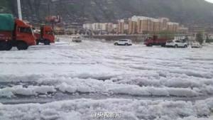 Apokaliptikus jégeső szaladt egy kínai városra