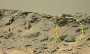 Elképesztő fotók érkeztek a Marsról! A NASA miért nem vette észre?