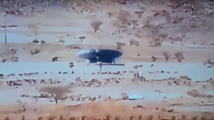 Egy ügyes turista besurrant az 51-es körzetbe! És videózott…