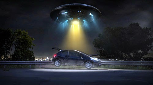 UFO-lifting-car.jpg