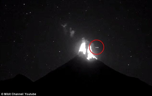 colima-vulkan-ufo-napiufo4.jpg