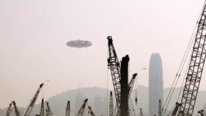 UFO-anyahajó lebegett Shanghai felett – hibás volt az álcázó berendezése!