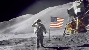 Eltitkolt filmtekercs bukkant fel az 1969-es Holdraszállásról