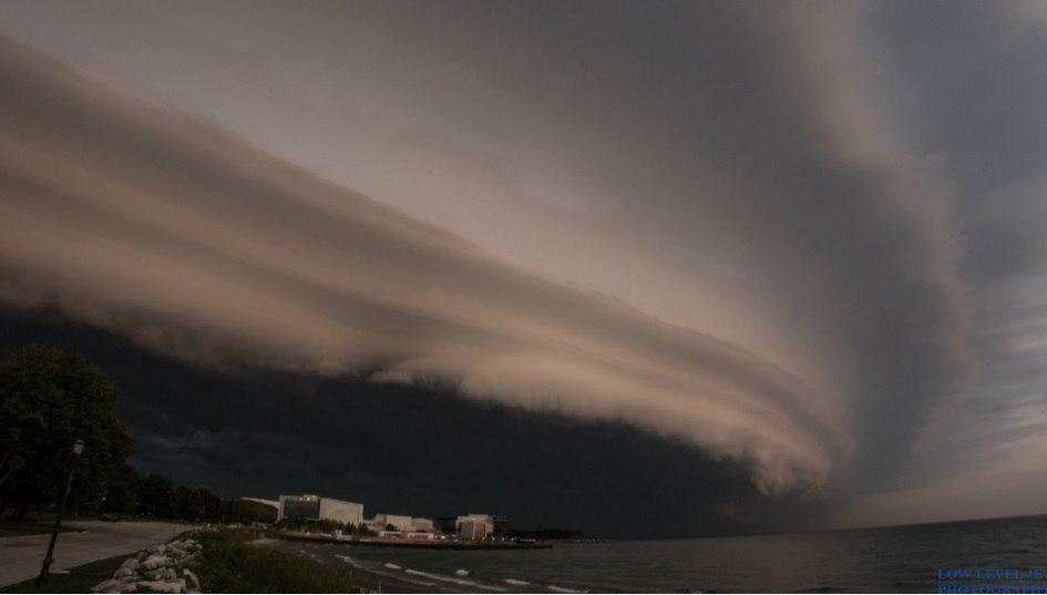 chicago-shelf-cloud-storm-1