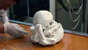 A földönkívüli saga folytatódik: Újabb idegen múmiát vizsgáltak meg Peruban