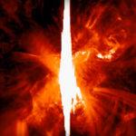 Sokkot kaptak a csillagászok: Óriási hasadék nyílt a Napon!