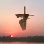 Hatalmas UFO-bázis lebegett egy thaiföldi folyó felett