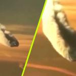 Repülőről videózták az utasok a Föld légkörébe lépő hatalmas UFO-t