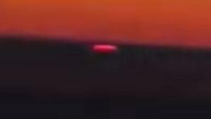 Repülőgépről vettek videóra egy UFO-t Kazahsztán felett