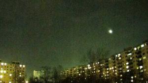 Rejtélyes fénygömbök jelentek meg Budapest felett