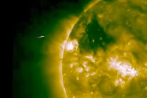 Hemzsegnek az ufók a Nap körül!