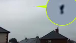 Otthona ajtajából filmezte a furcsa alakú ufót a négy gyerekes apuka