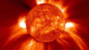 Újabb földönkívüli anyahajó szondázza a Napunkat
