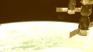 Újra megszakították az űrállomás élő közvetítését! Volt is rá okuk!
