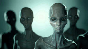 Embert esznek a földönkívüliek egy titokban épülő arizonai UFO-bázison