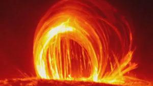 Hasadék nyílt a Napon: a NASA szerint a kitörés eléri a Földet is…