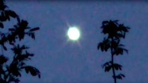 Ismét felbukkant Szolvákiában a rejtélyes zöld UFO
