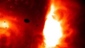 A Geminidák meteorrajjal érkezik a világvégét okozó kisbolygó is…