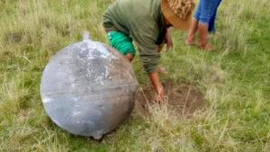 Rejtélyes fémgömb zuhant le az égből Peruban